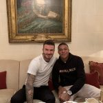 Beckham Akhirnya Pegang Medali Piala Dunia…. Punya Mbappe